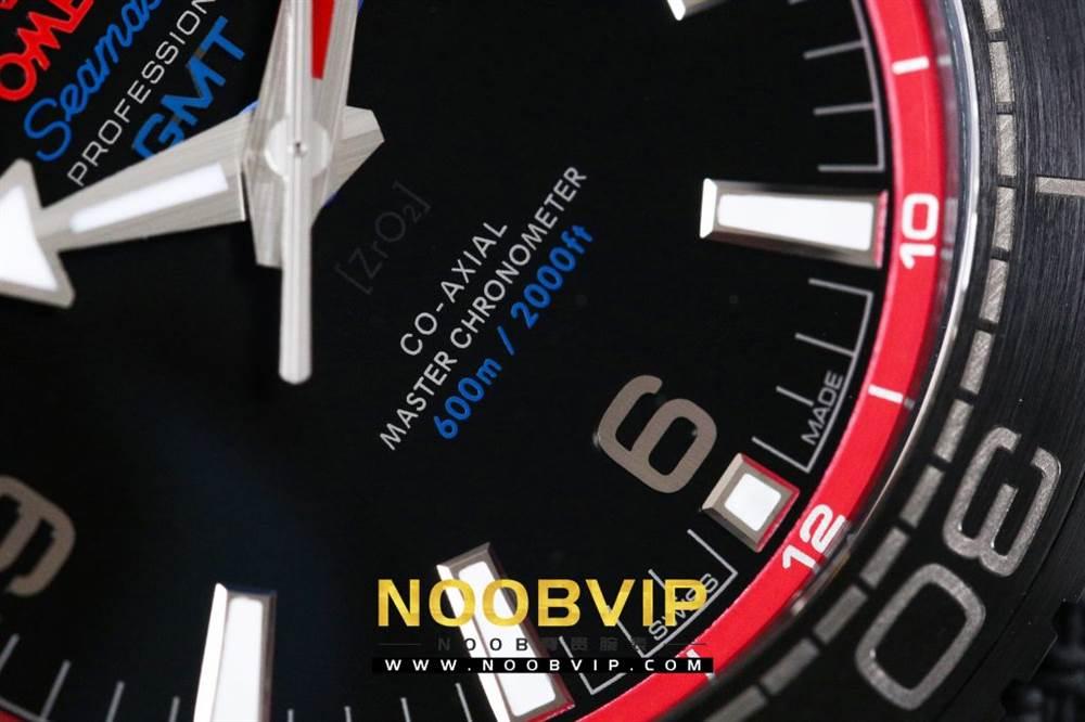 VS复刻欧米茄海马系列腕表采用新西兰国旗色调的蓝色和红色装饰 第15张
