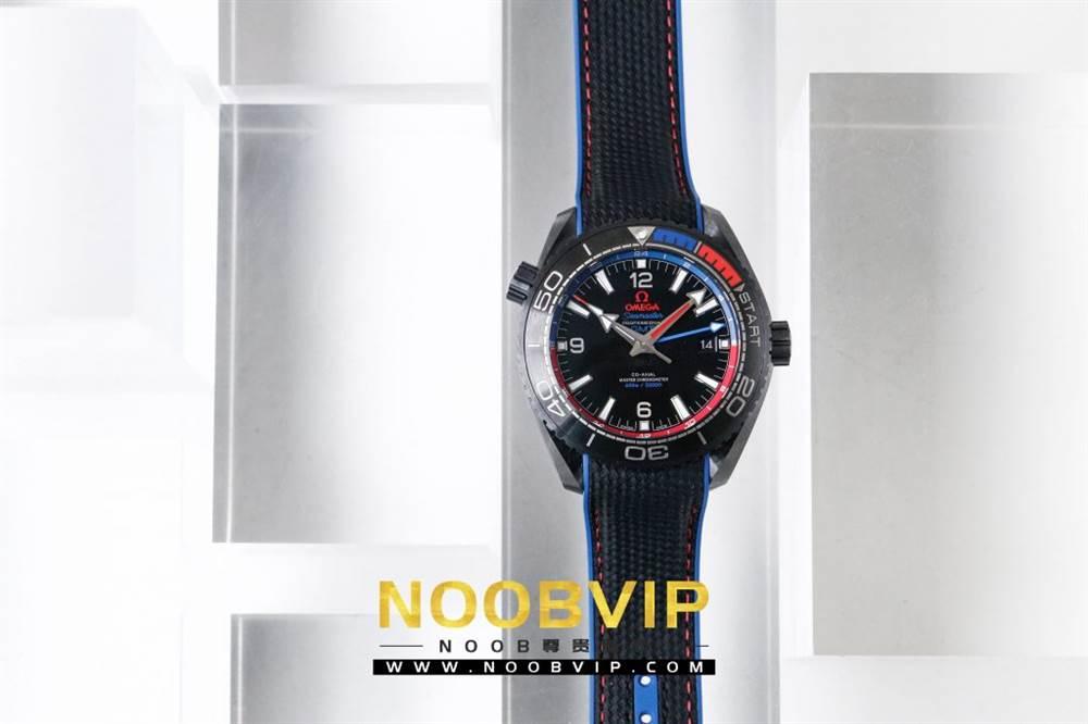 VS复刻欧米茄海马系列腕表采用新西兰国旗色调的蓝色和红色装饰 第3张