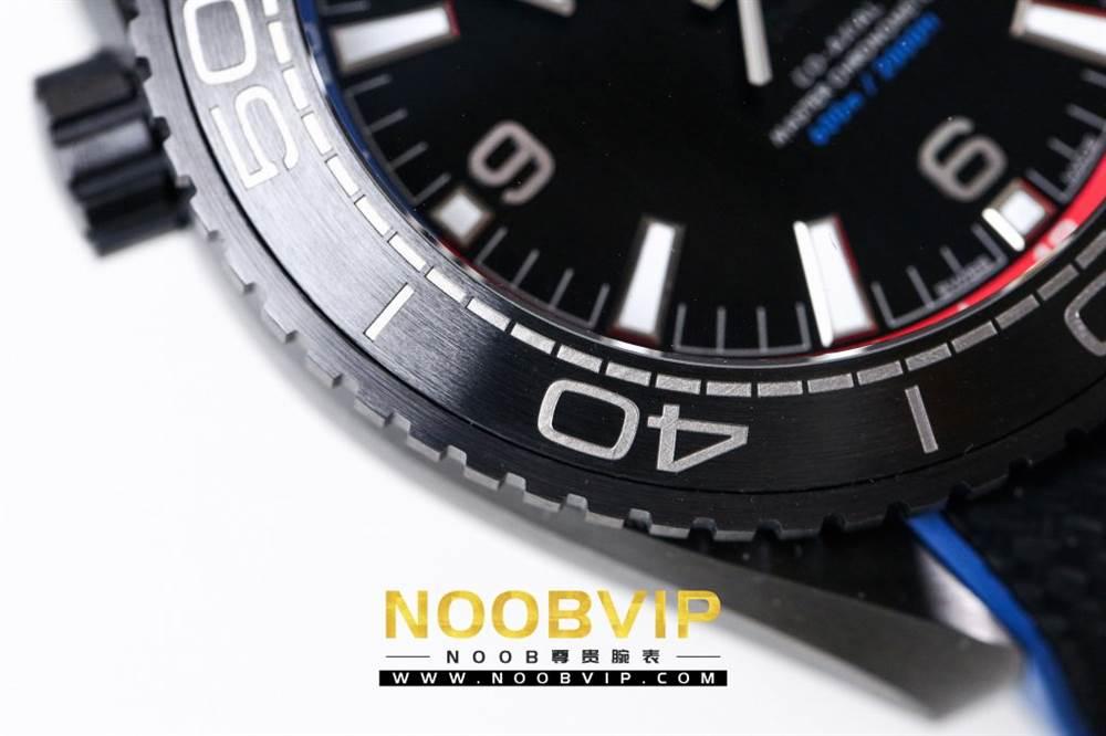 VS复刻欧米茄海马系列腕表采用新西兰国旗色调的蓝色和红色装饰 第22张