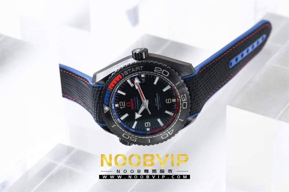 VS复刻欧米茄海马系列腕表采用新西兰国旗色调的蓝色和红色装饰 第5张