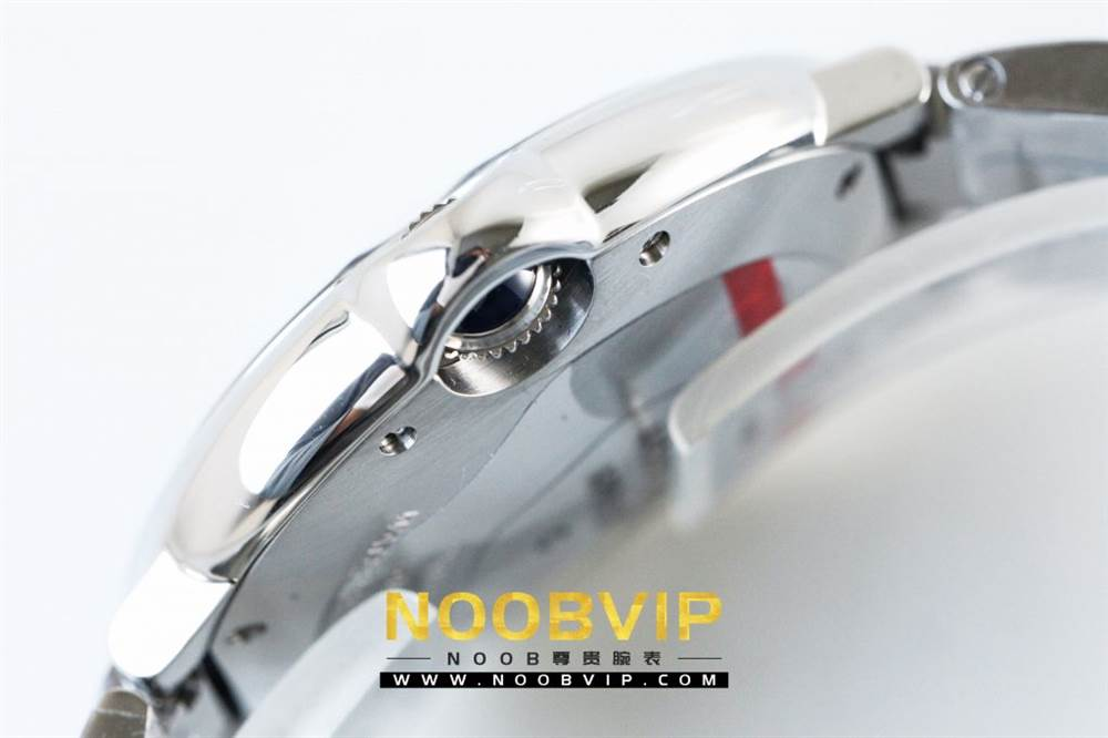 V6厂卡地亚蓝气球系列W69011Z4腕表36MM评测-石英机芯最高复刻版本 第16张