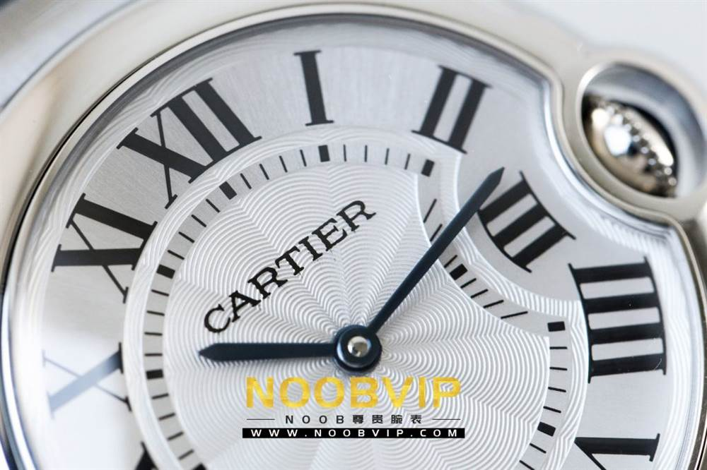 V6厂卡地亚蓝气球系列W69011Z4腕表36MM评测-石英机芯最高复刻版本 第9张