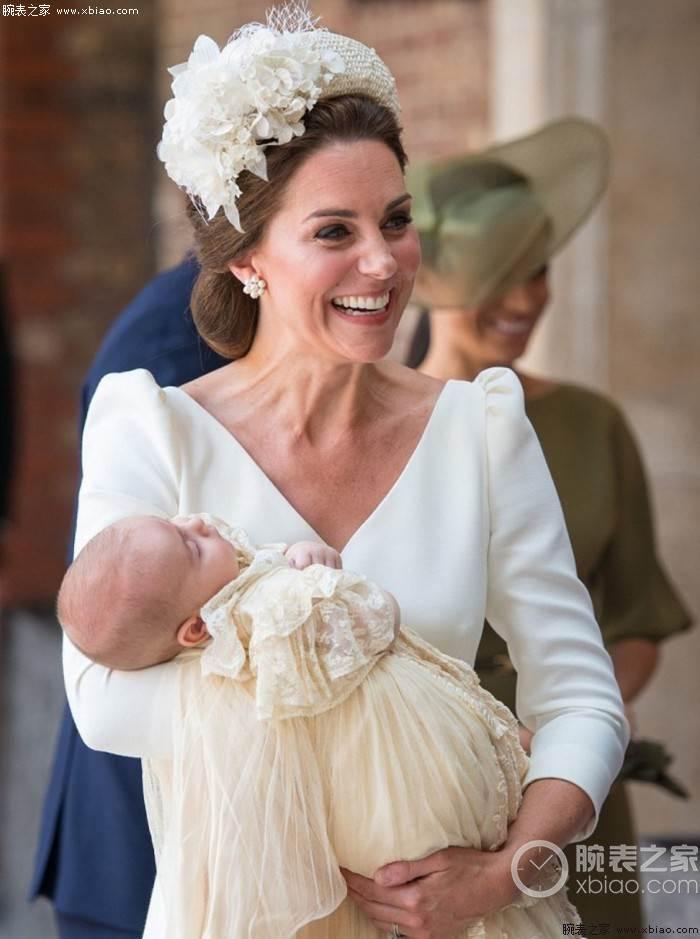 """""""勤俭持家""""的小姐姐-凯特王妃佩戴卡地亚蓝气球 第1张"""