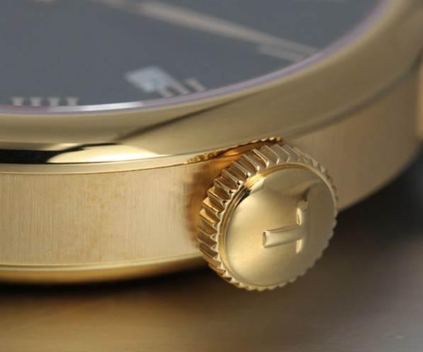 天梭力洛克复刻表经典系列T41.5.423.53腕表
