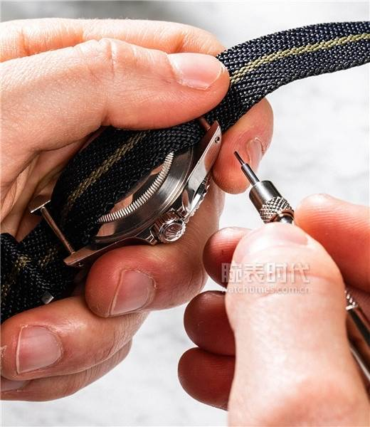 尼龙腕表表带如何拆装-如何自己更换表带 第9张