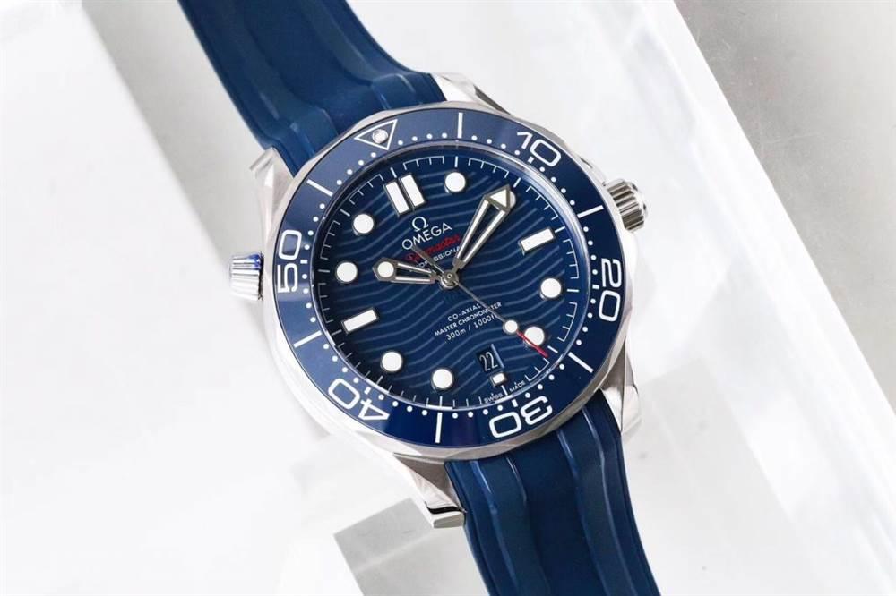 VS厂欧米茄海马300米潜水表首发详解 第5张
