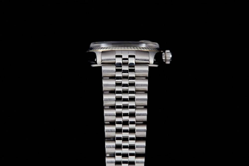 劳力士Datejust系列腕表沦为永恒-简约设计是一种魔力