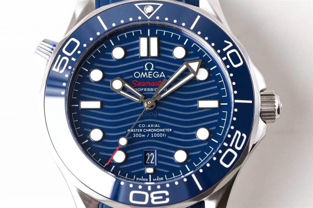 VS厂欧米茄海马300米潜水表首发详解 第3张