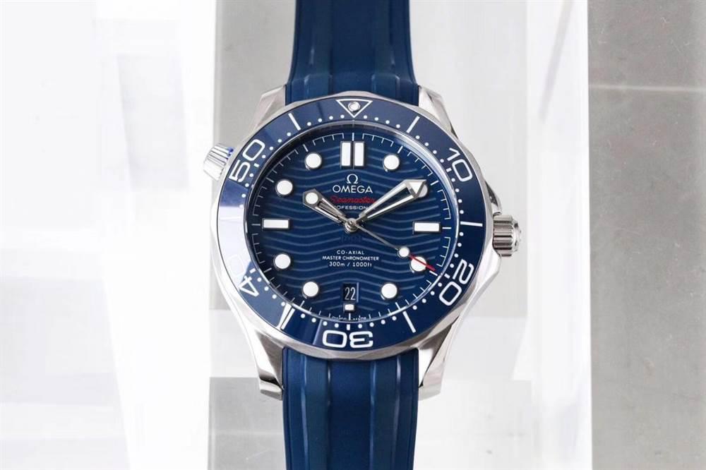 VS厂欧米茄海马300米潜水表首发详解 第2张