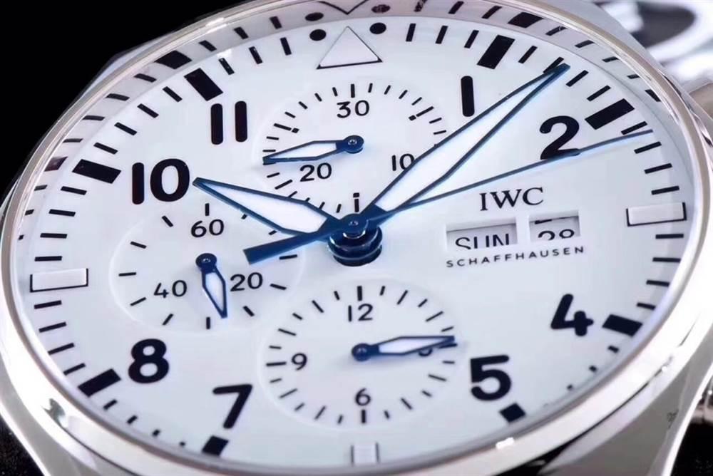 zf厂新品IWC万国表飞行员系列IW377725首发评测