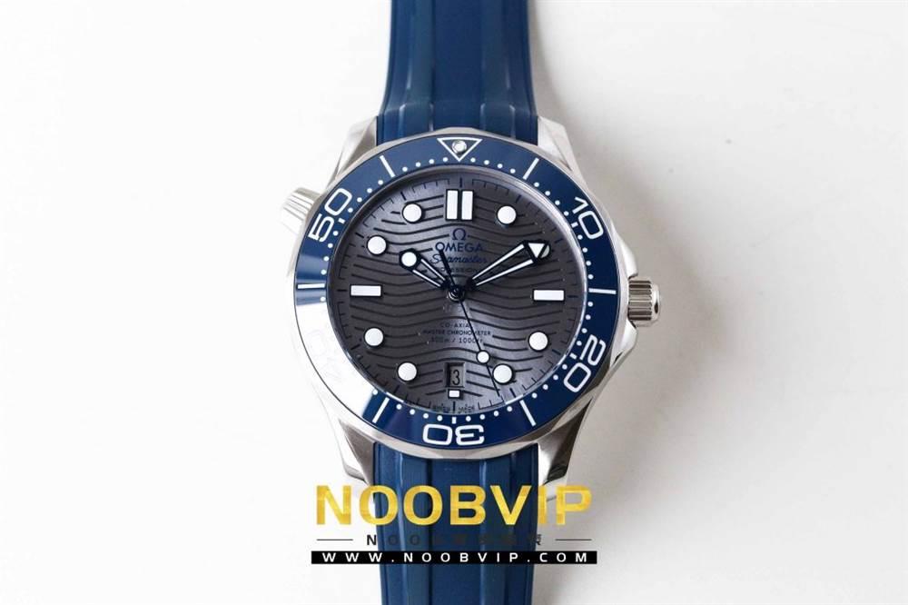 VS厂欧米茄海马300银灰色面潜水腕表首发详解 第3张