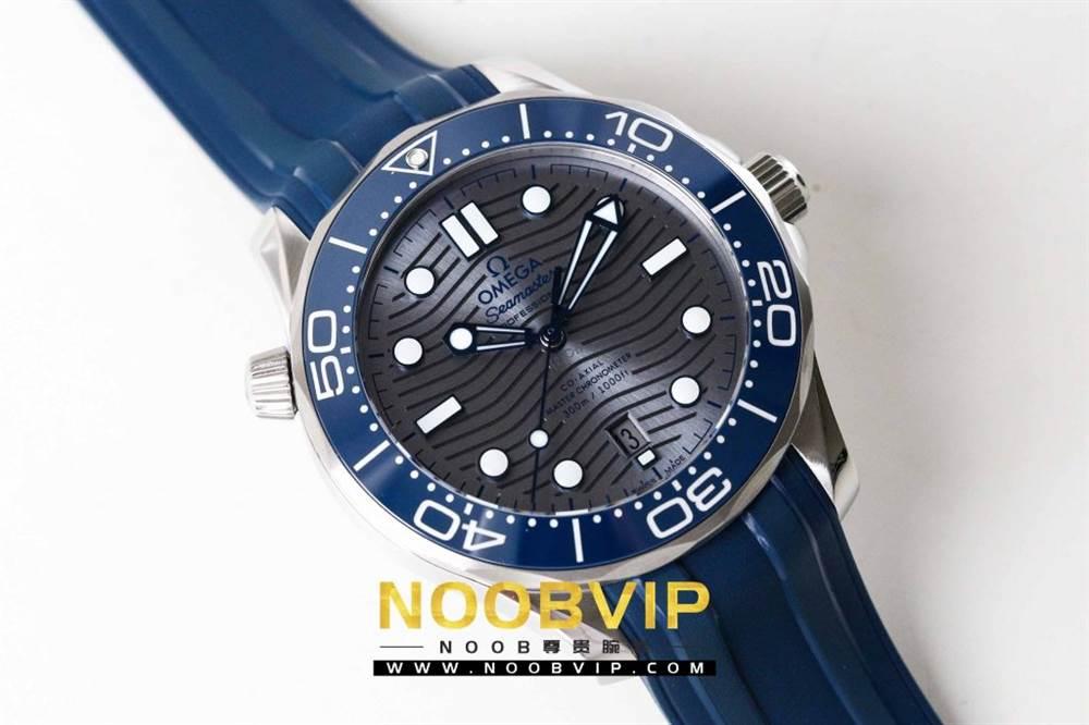 VS厂欧米茄海马300银灰色面潜水腕表首发详解 第4张