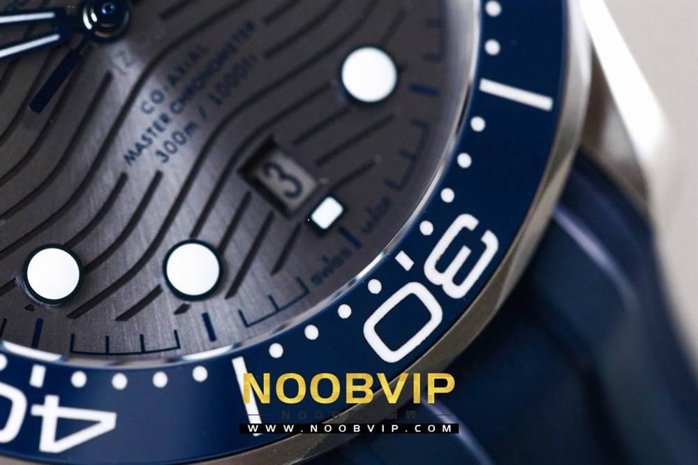 VS厂欧米茄海马300银灰色面潜水腕表首发详解 第8张