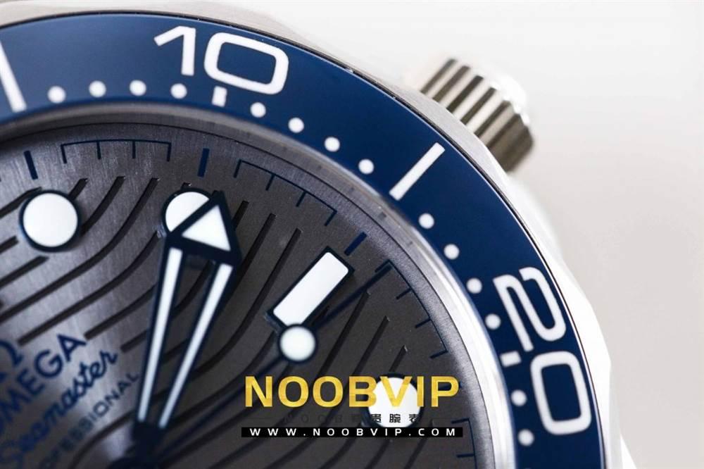 VS厂欧米茄海马300银灰色面潜水腕表首发详解 第9张