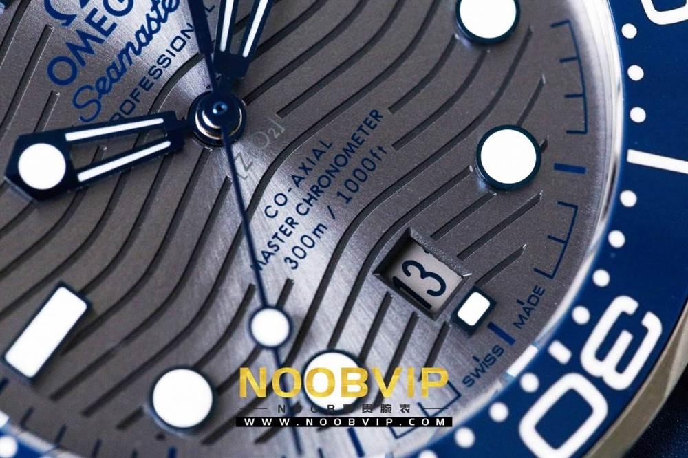 VS厂欧米茄海马300银灰色面潜水腕表首发详解 第12张