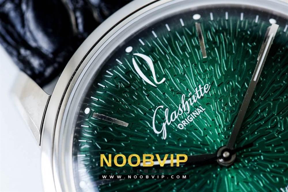 YL厂格拉苏蒂原创复古系列绿盘腕表首发详解 第12张