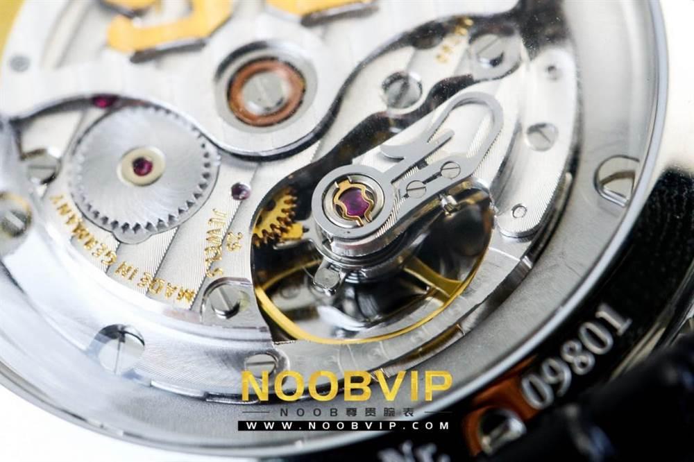 YL厂格拉苏蒂原创复古系列绿盘腕表首发详解 第18张