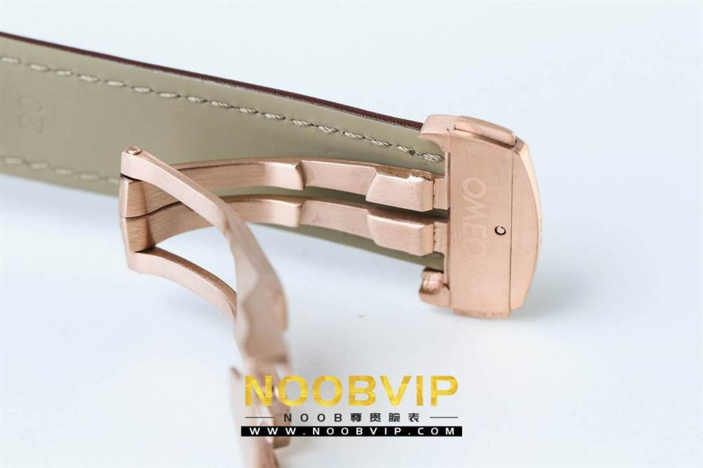 OM厂欧米茄超霸系列331.53.42.51.02.002腕表首发详解