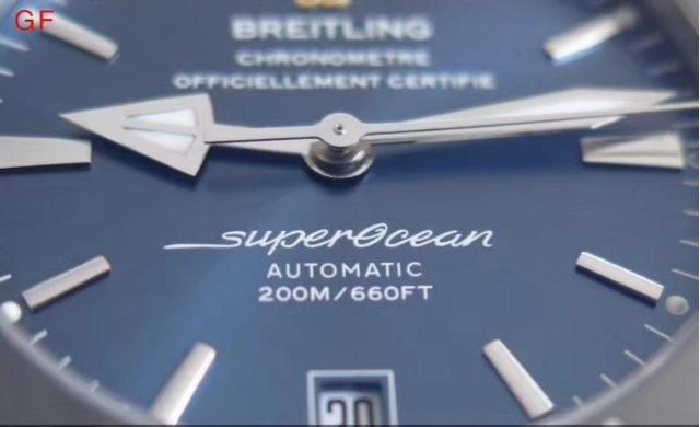 GF厂百年灵超级海洋系列AB2020161C1S1腕表对比评测 第7张