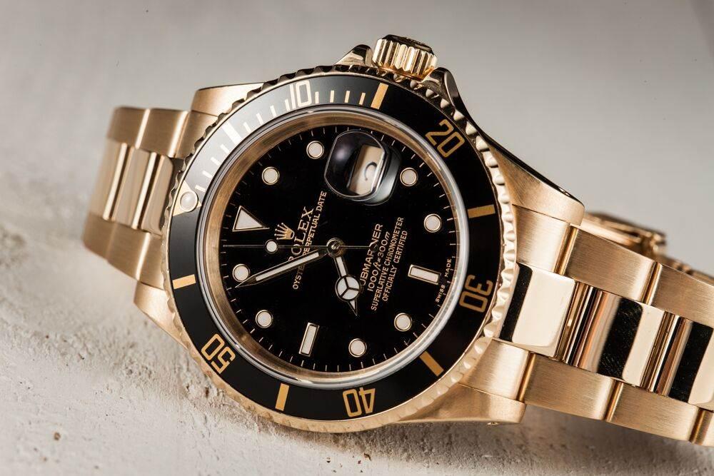 Elton John礼品公司售价80,000美元劳力士腕表