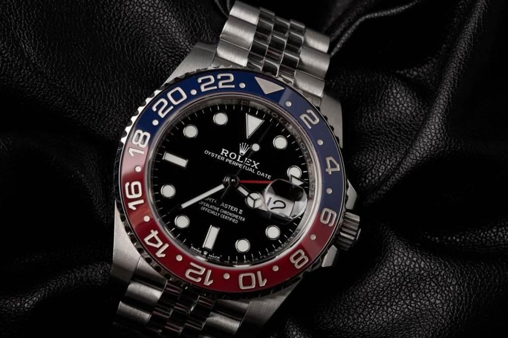 我们期待看到这个圣诞节的12款手表 第4张