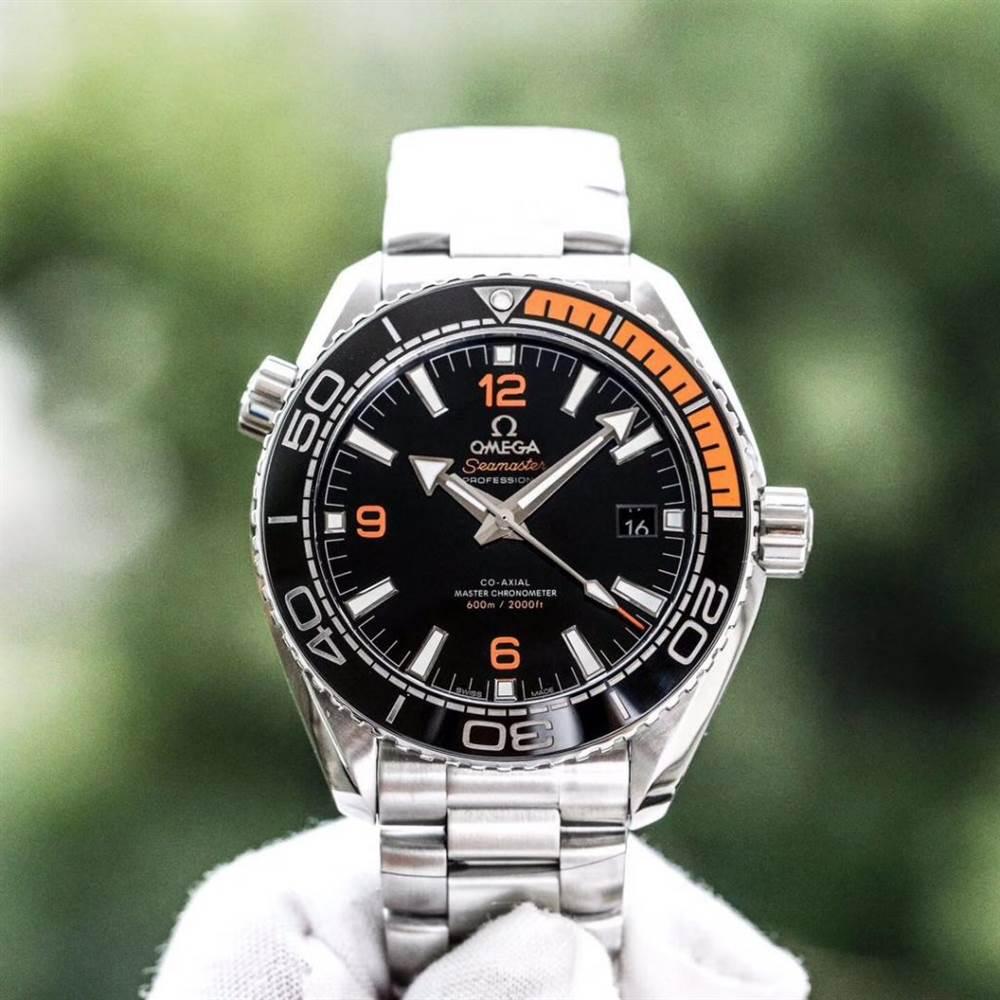 VS厂欧米茄海马600四分之一橙215.32.44.21.01.001腕表首发详解 第7张
