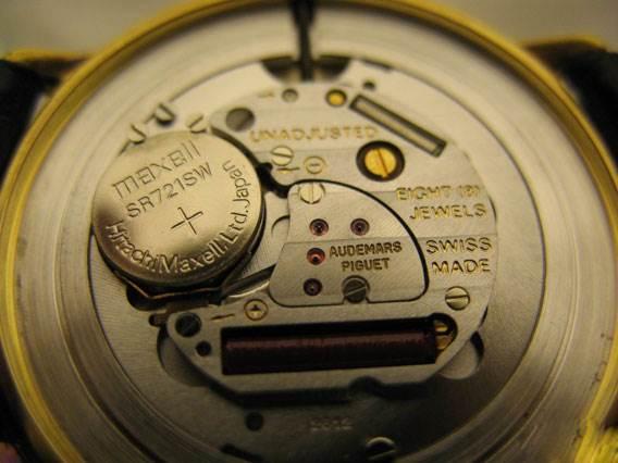 腕表中机械腕表和石英腕表