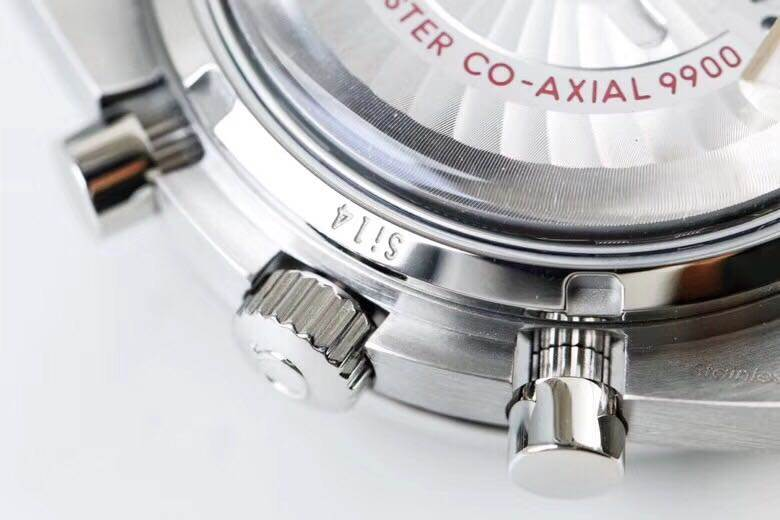OM厂欧米茄超霸系列329.30.44.51.06.001腕表首发详解 第5张