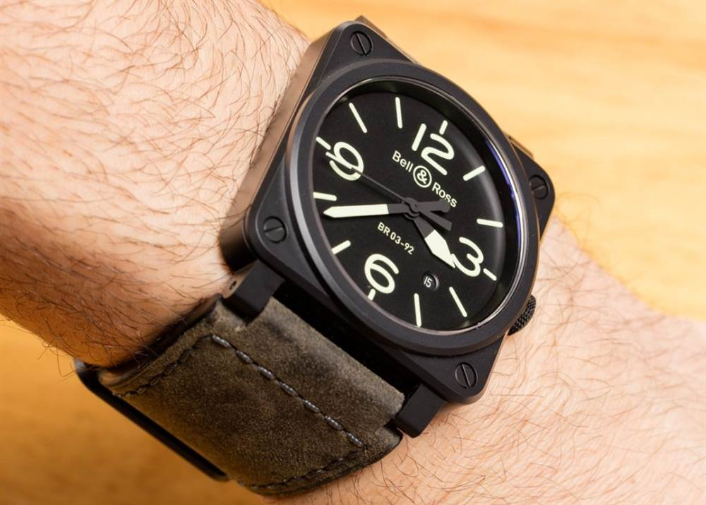柏莱士腕表Bell & Ross BR 03-92 Nightlum Watch Hands-On