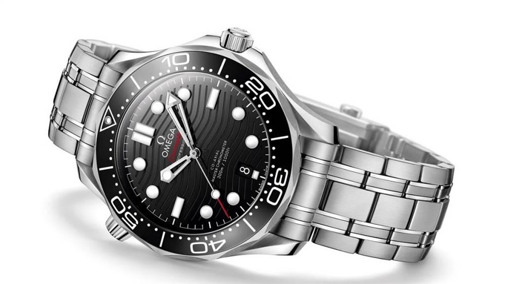 欧米茄海马专业潜水员300M 42毫米手表 第3张