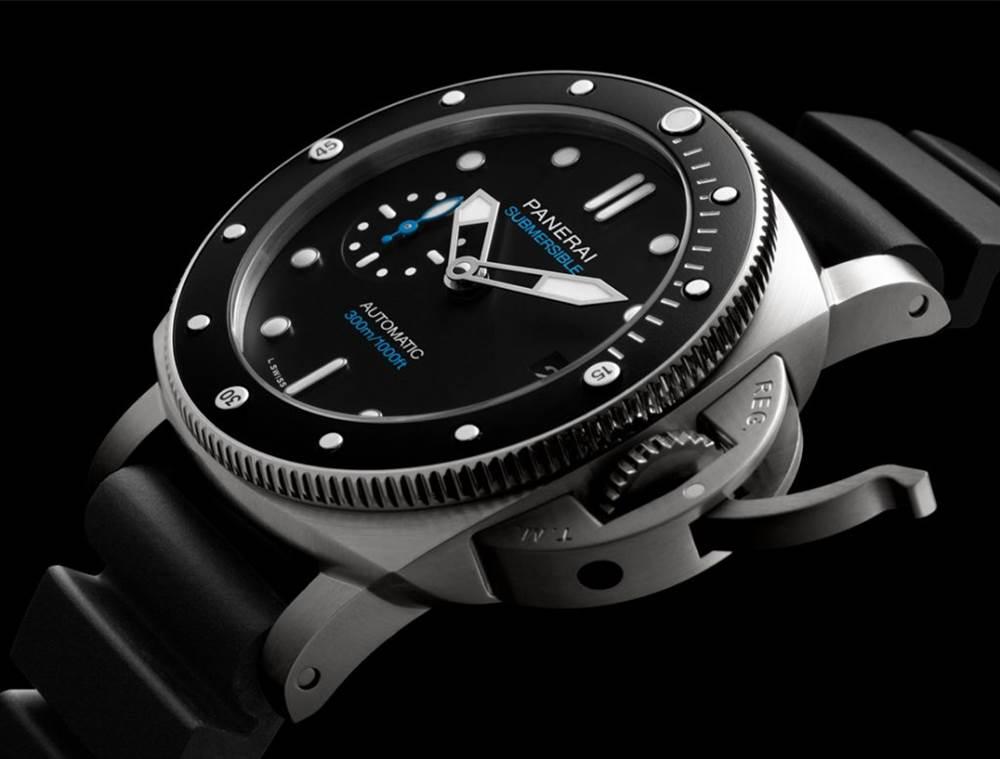 沛纳海42毫米潜水腕表「PAM00683和PAM00959」