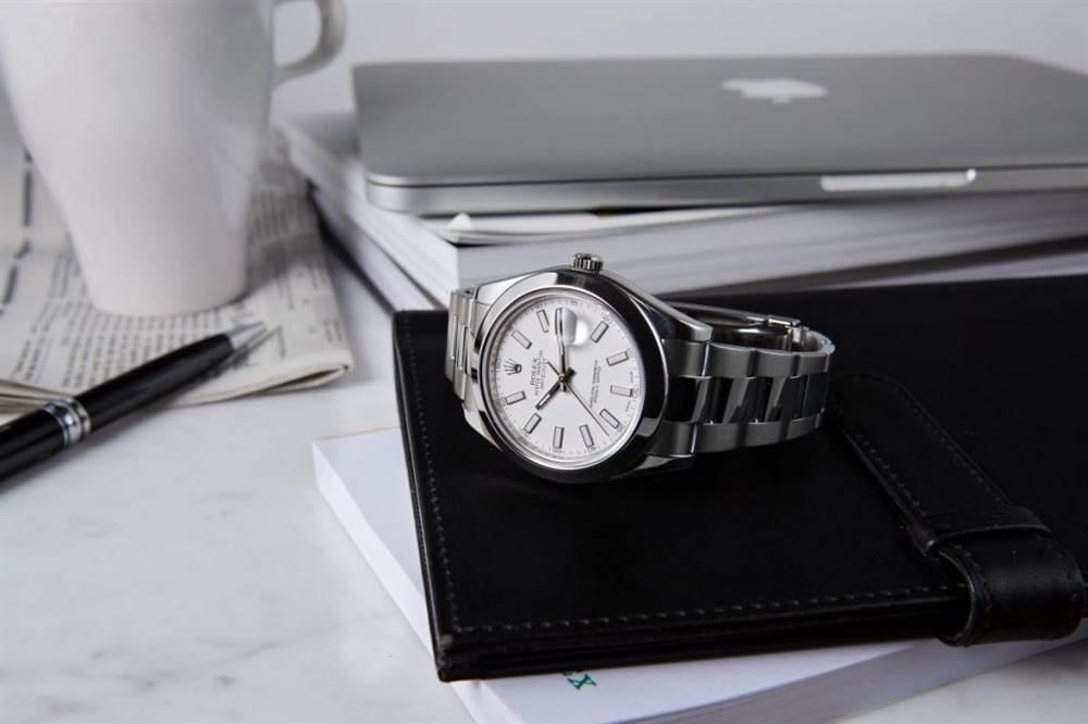我们期待看到这个圣诞节的12款手表 第1张