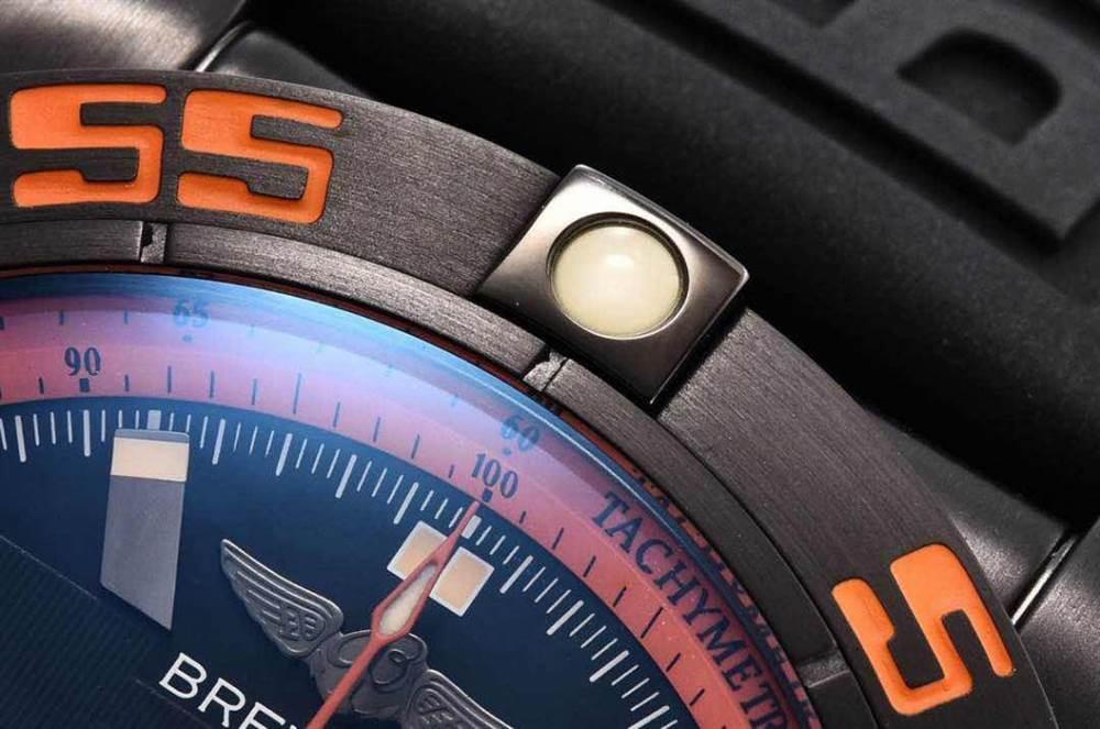GF厂百年灵终极计时黑鹰橙圈评测Chronomat 44 Raven 第14张
