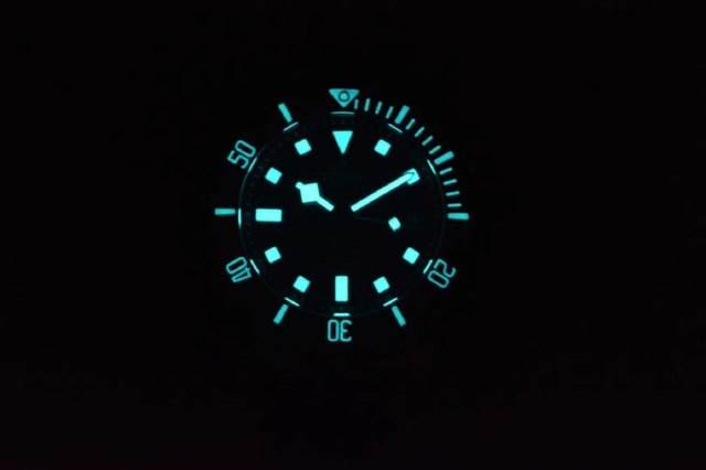 XF厂帝舵黑土豆25600TN-XF帝舵钛土豆黑色战斧腕表评测