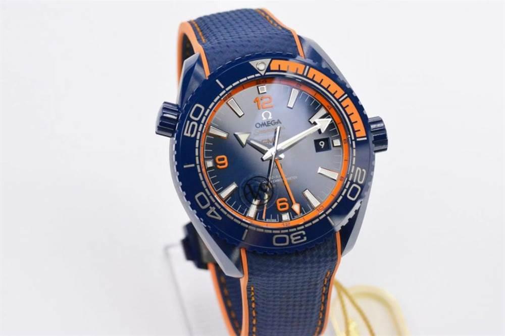 VS厂欧米茄海马600碧海之蓝蓝陶瓷腕表对比正品评测