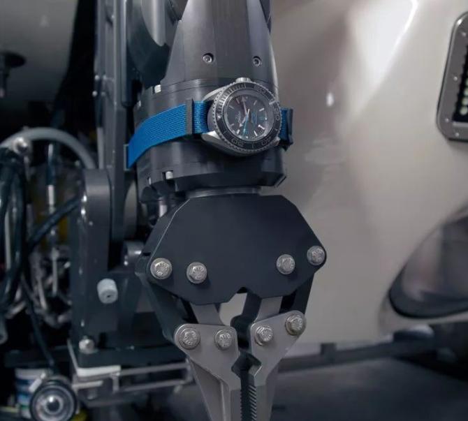 OMEGA欧米茄海马海洋宇宙Ultra Deep专业潜水表-海王创造深潜世界纪录