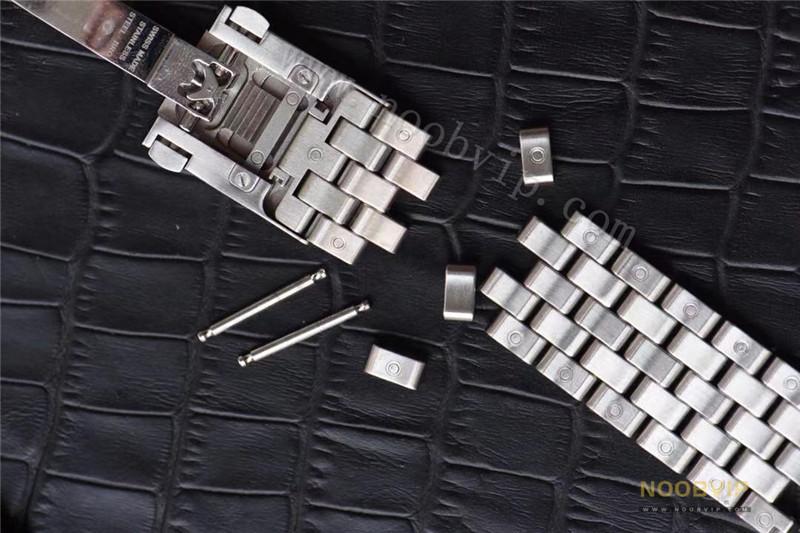 V7厂万国马克十八钢带款修正市场所有不足