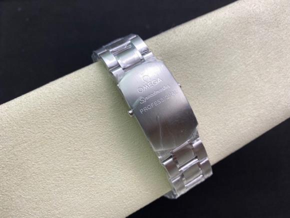 OM厂欧米茄超霸史努比50周年纪念款腕表做工如何